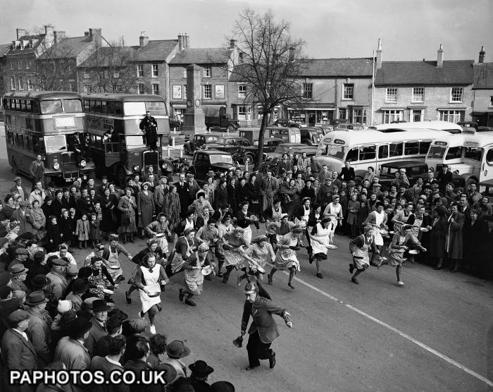 the-olney-pancake-race